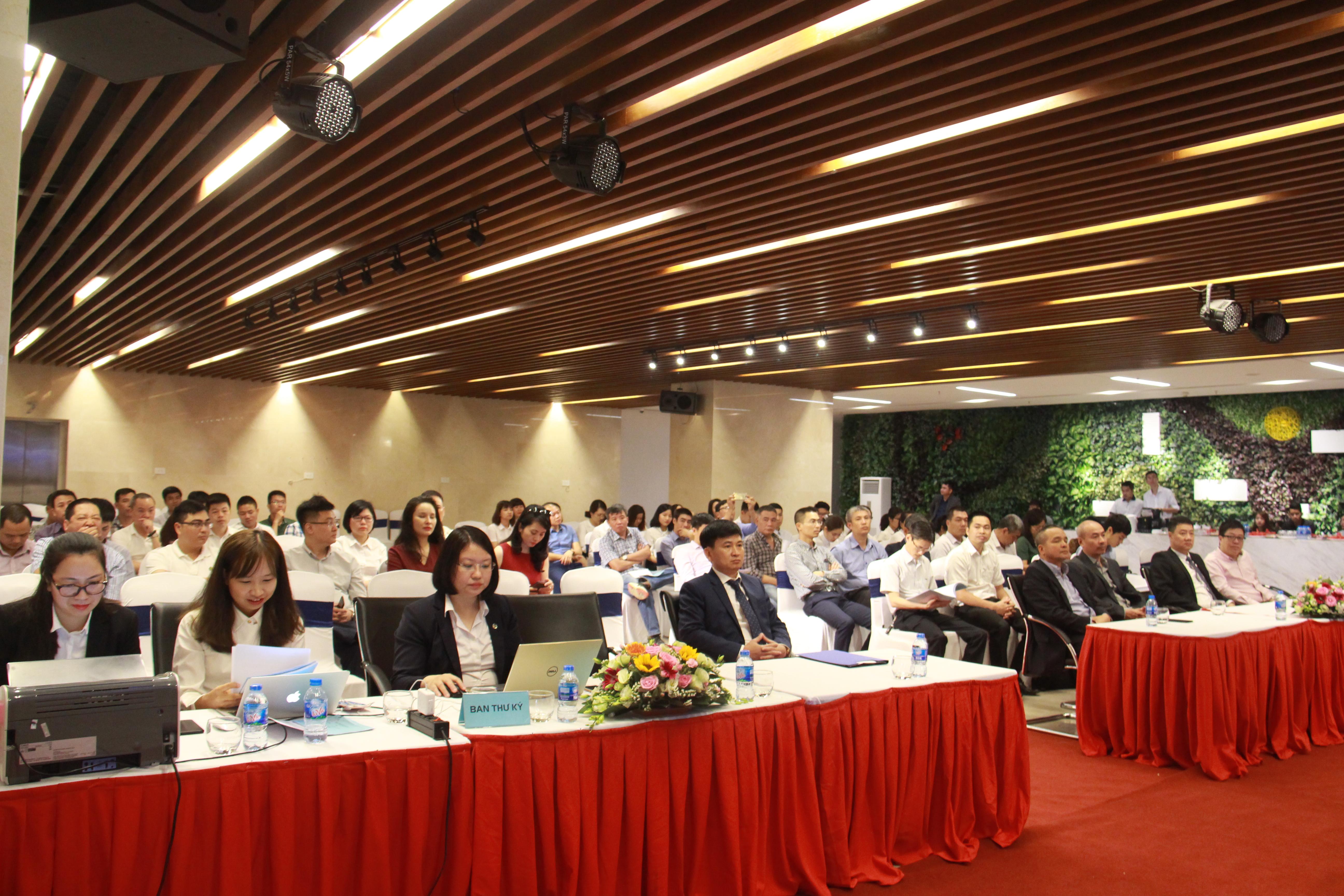 Long Giang Land tổ chức thành công đại hội cổ đông thường niên 2018
